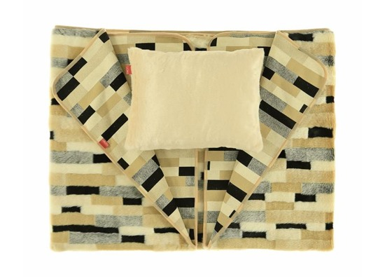 Decorative fur bedspread, blanket EGYPTIAN BEAUTY beige 155x200 cm