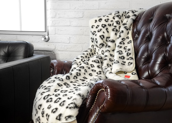 Decorative fur bedspread, blanket OCELOT ecru, black 95x190 cm